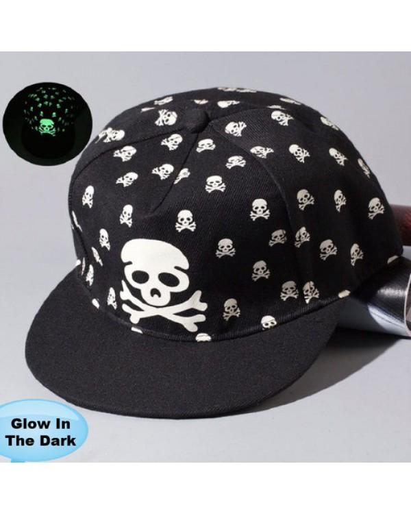 """Tamsoje šviečianti kepurė """"Skull"""""""
