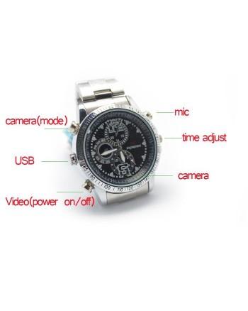 Laikrodis su slapta kamera